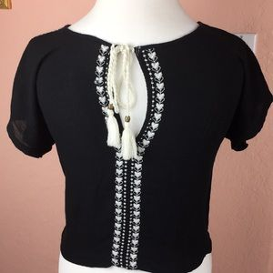 Forever 21 top white embroidery and tassels